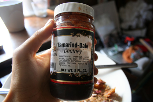 Since I baked the tempeh and it was rather dry, I spread on some tamarind-date chutney.